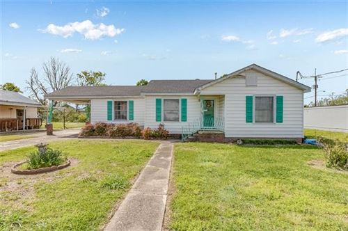 Photo of 806 Sycamore Street, Lake Charles, LA 70601 (MLS # SWL21000891)