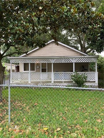 Photo of 1108 S Crocker Street, Sulphur, LA 70663 (MLS # 188914)