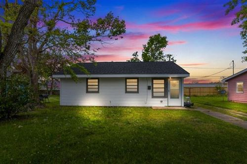 Photo of 3618 W Roosevelt, Lake Charles, LA 70607 (MLS # SWL21000966)