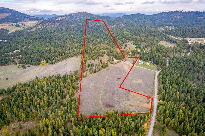 Photo of 1081 Willms Rd, Elk, WA 99009 (MLS # 202124010)