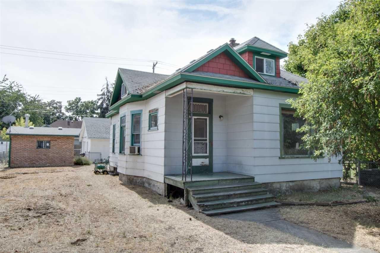 817 W Frederick Ave, Spokane, WA 99205-3306 - #: 202021033
