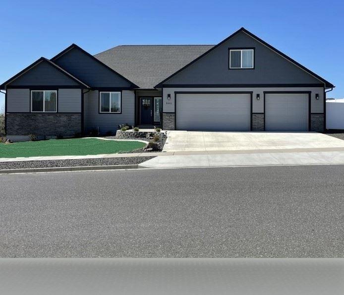 Photo of 9001 N Warren St, Spokane, WA 99208 (MLS # 202114116)