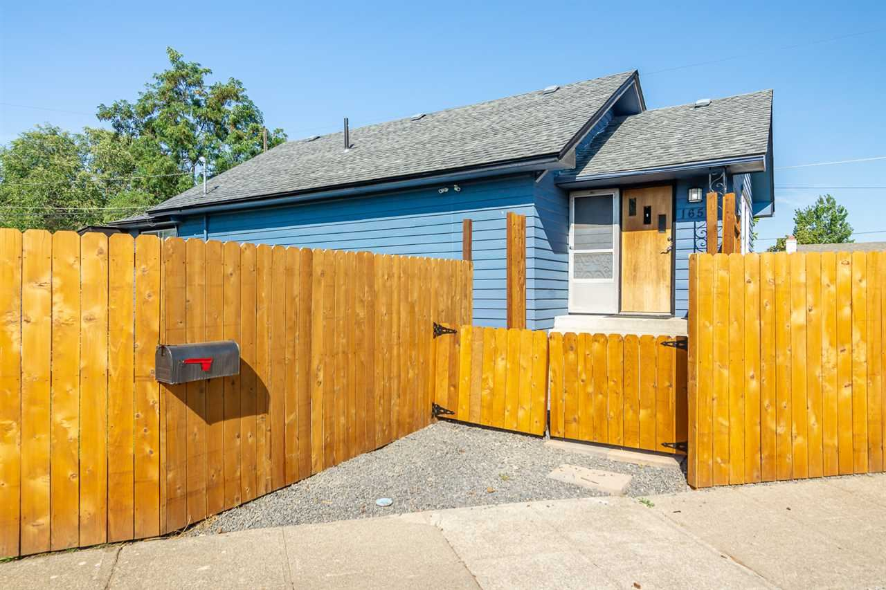 1657 E LACROSSE Ave, Spokane, WA 99207 - #: 202023163