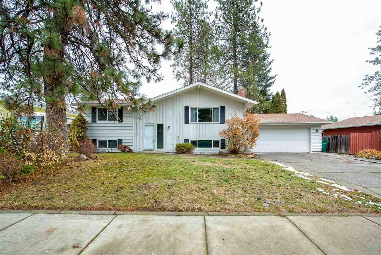 37 E Regina Ave, Spokane, WA 99218 - #: 202025225