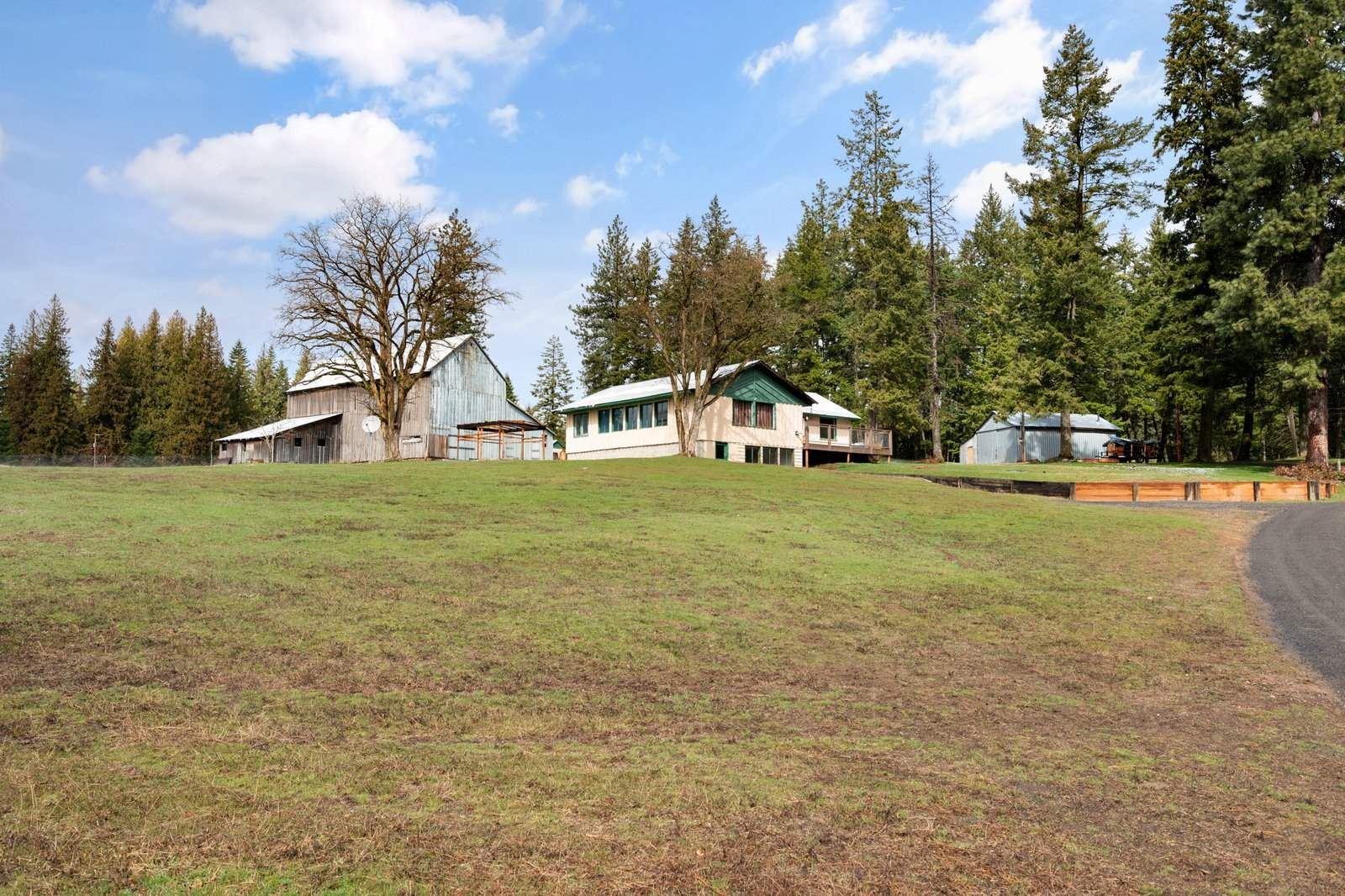 1083 Willms Rd, Elk, WA 99009 - #: 202113230