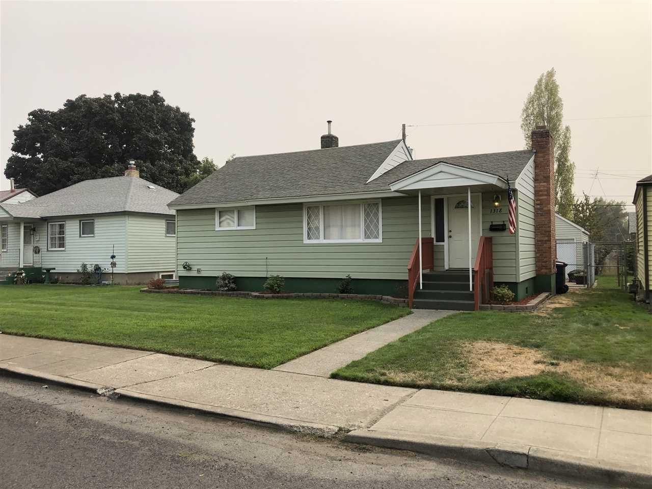1318 E GLASS Ave, Spokane, WA 99207 - #: 202022237