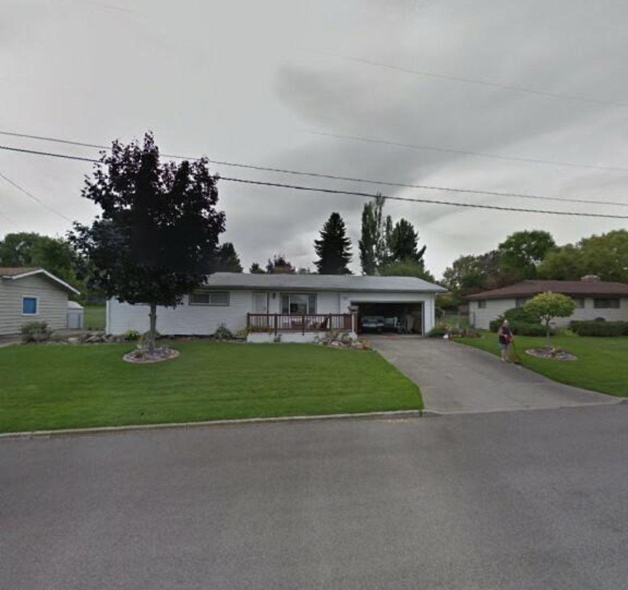 11922 E 9th Ave, Spokane Valley, WA 99206-5404 - #: 202113260