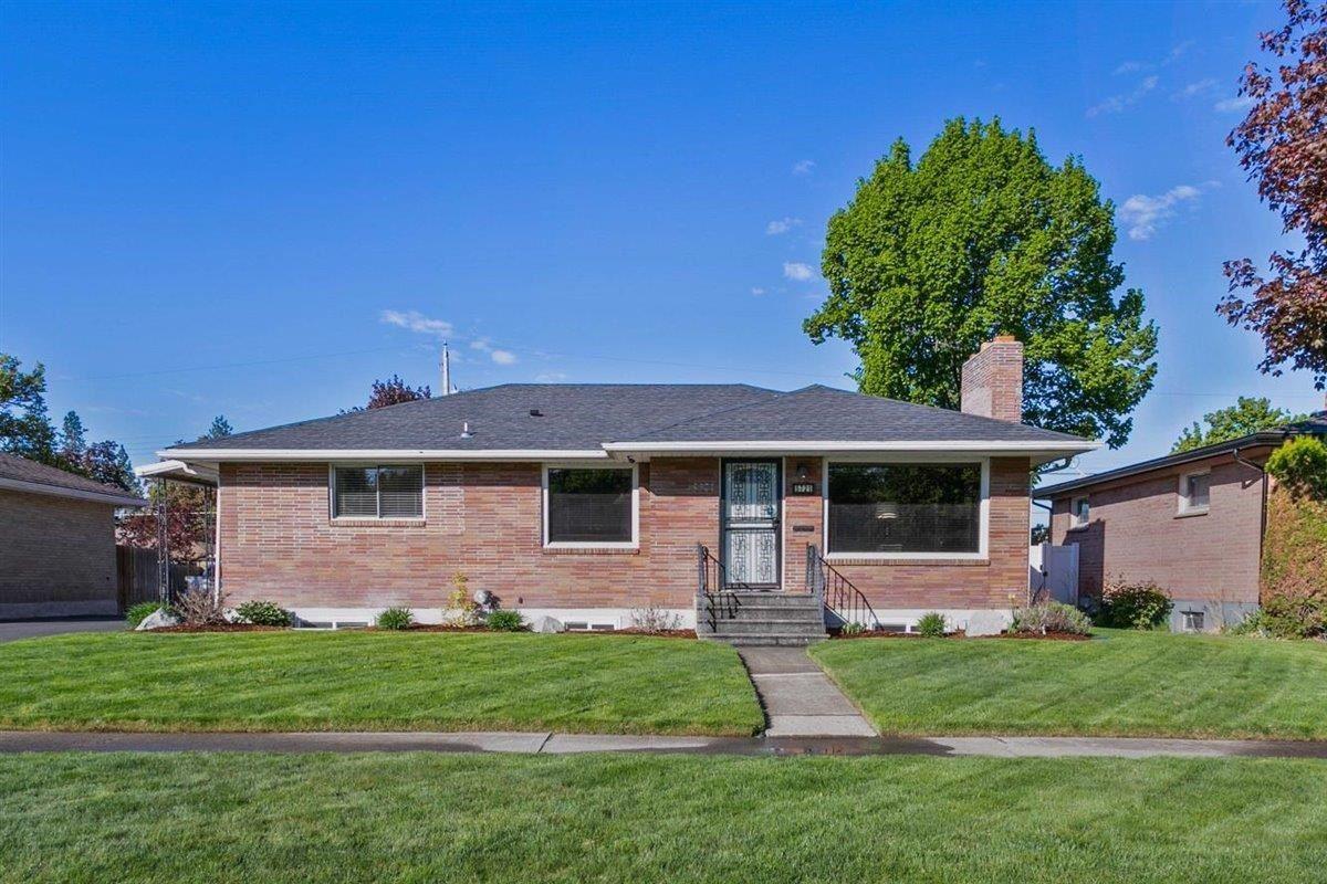 5721 N Driscoll Blvd, Spokane, WA 99205 - #: 202115289