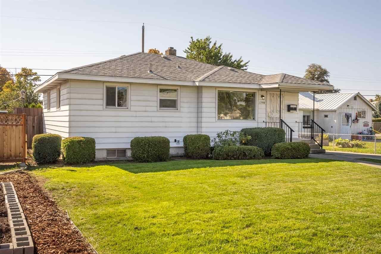 1208 E Courtland Ave, Spokane, WA 99207 - #: 202023322