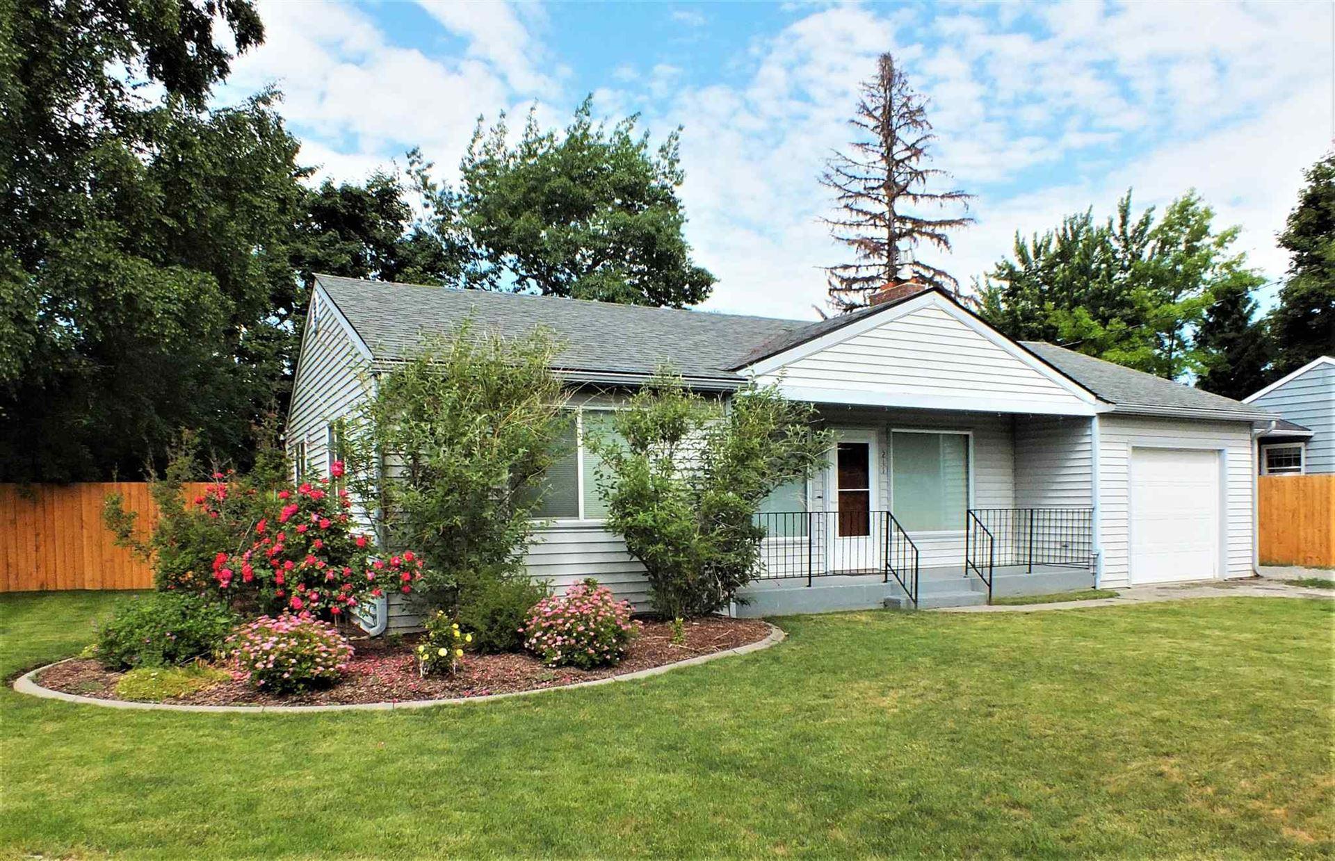 211 N Blake Rd, Spokane Valley, WA 99216-0817 - #: 202117329