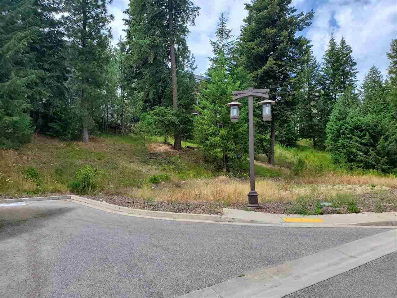13318 E Kelly Creek Ln, Spokane, WA 99206 - #: 202019330
