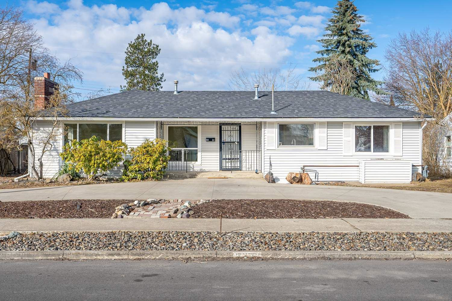 5931 N LINCOLN St, Spokane, WA 99205 - #: 202112383