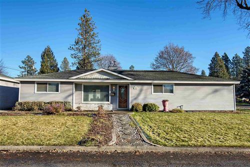 Photo of 3806 N Belt St, Spokane, WA 99205 (MLS # 202025394)