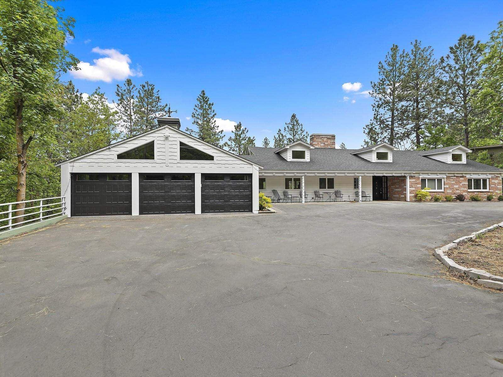 825 E Crest Rd, Spokane, WA 99203-3549 - #: 202115426