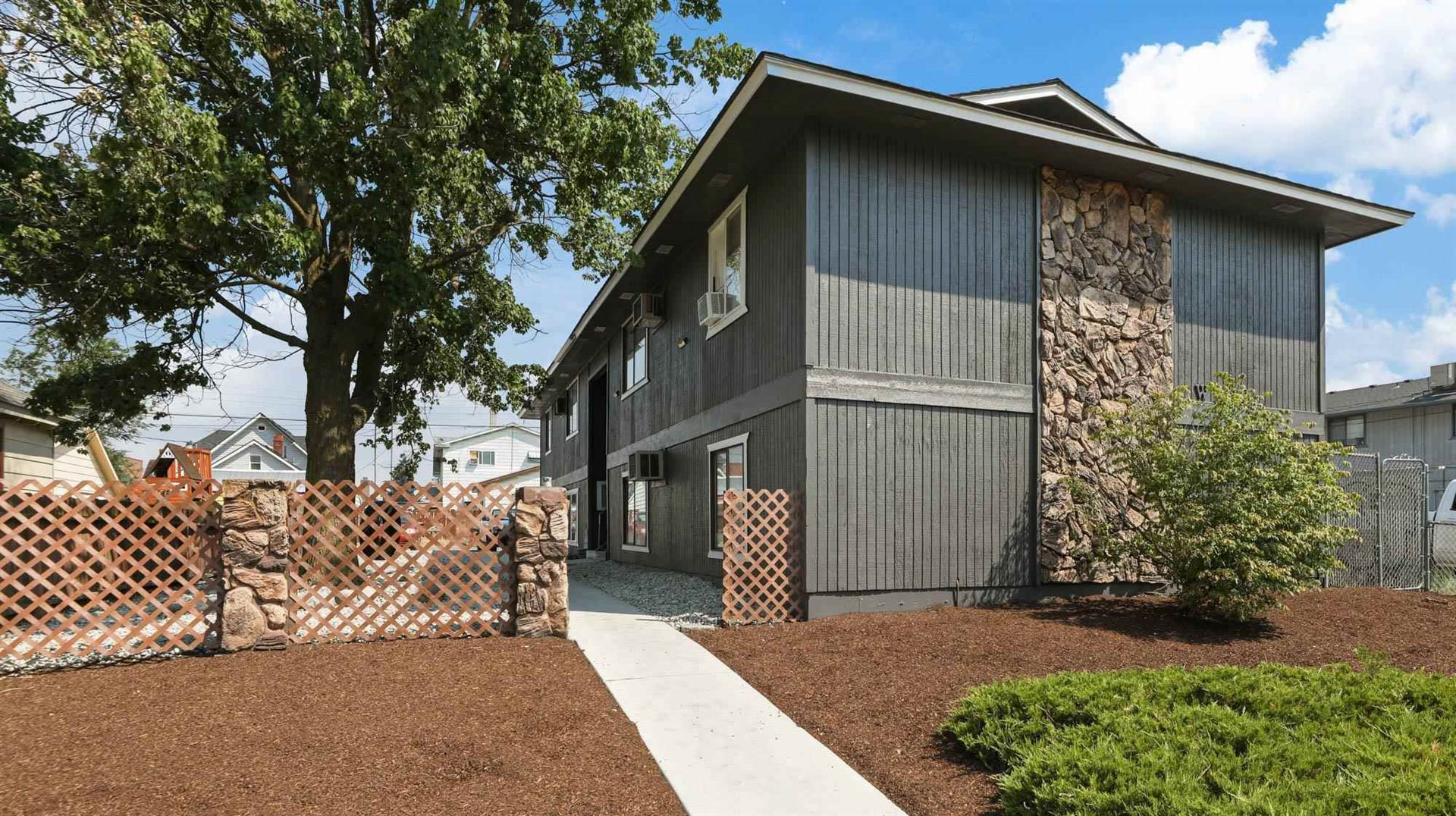 Photo of 1718 W Boone Ave, Spokane, WA 99201 (MLS # 202119484)