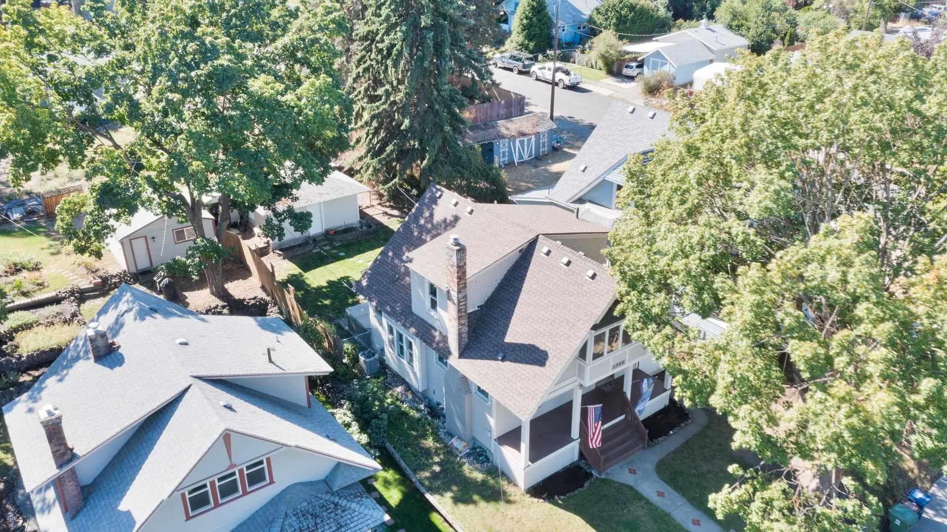 Photo of 1908 E 12th, Spokane, WA 99202, Spokane, WA 99202 Ave, Spokane, WA 99202 (MLS # 202122559)