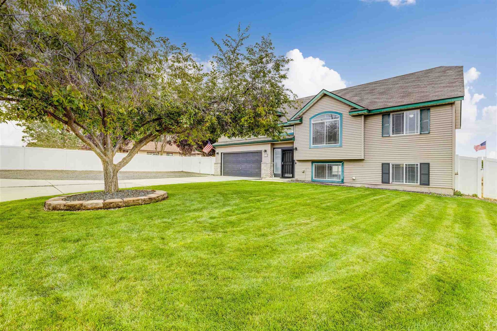 Photo of 604 S McMillan Rd, Spokane Valley, WA 99016 (MLS # 202122569)