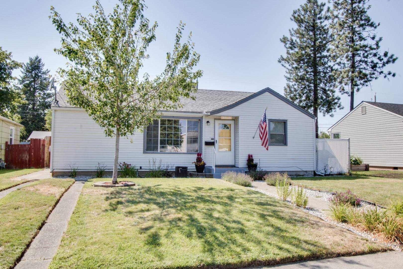 4919 N Oak St, Spokane, WA 99205-5554 - #: 202119652