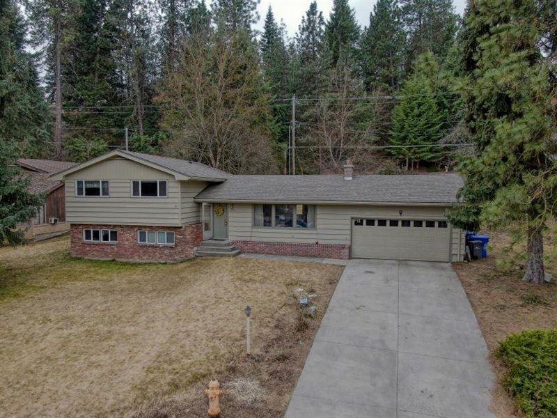 10727 N Elma Dr, Spokane, WA 99218 - #: 202112739