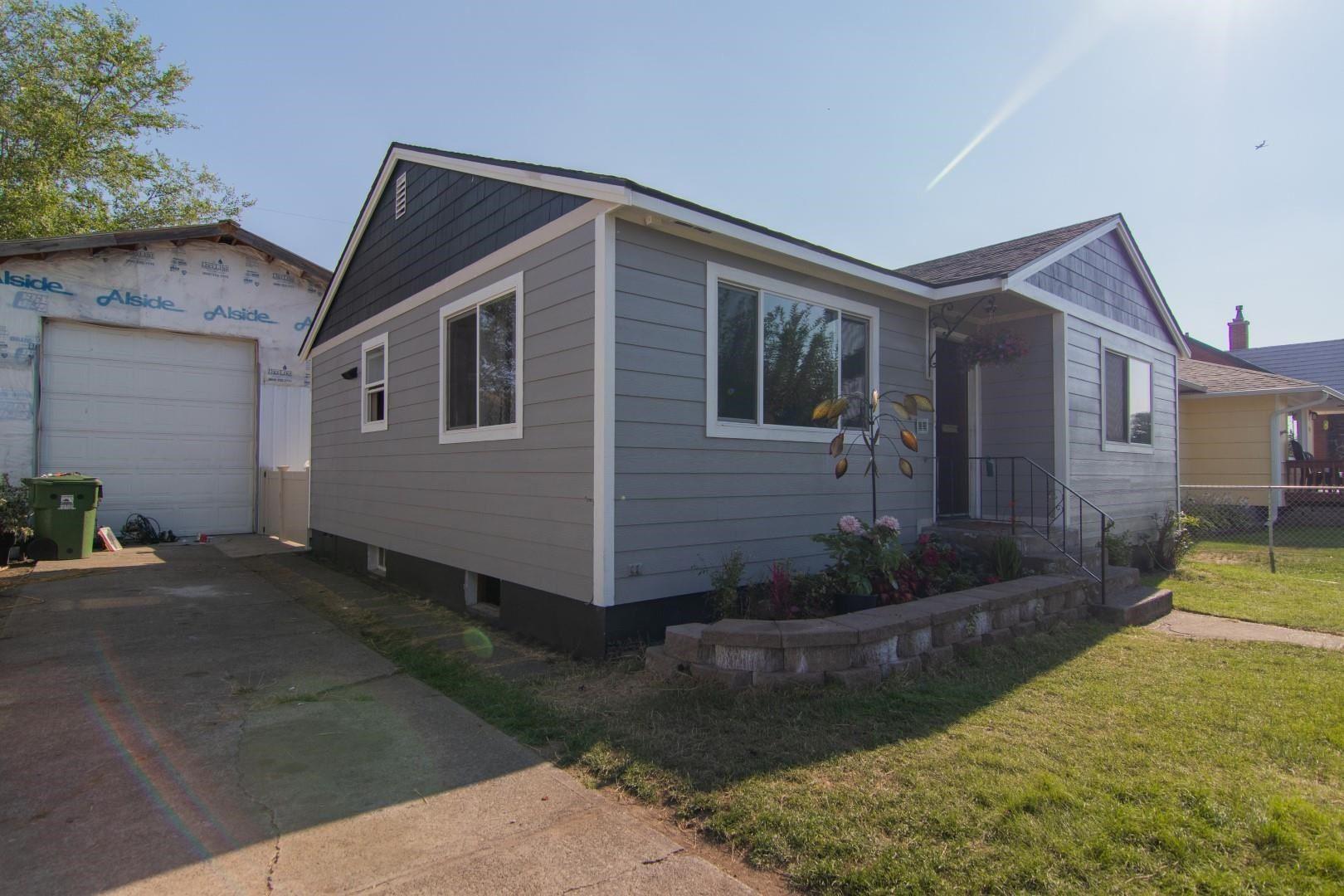 518 E LaCrosse Ave, Spokane, WA 99207 - #: 202119747