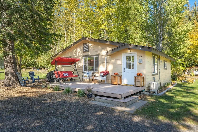 13020 N West Newman Lake Dr #18, Newman Lake, WA 99025 - #: 202123753