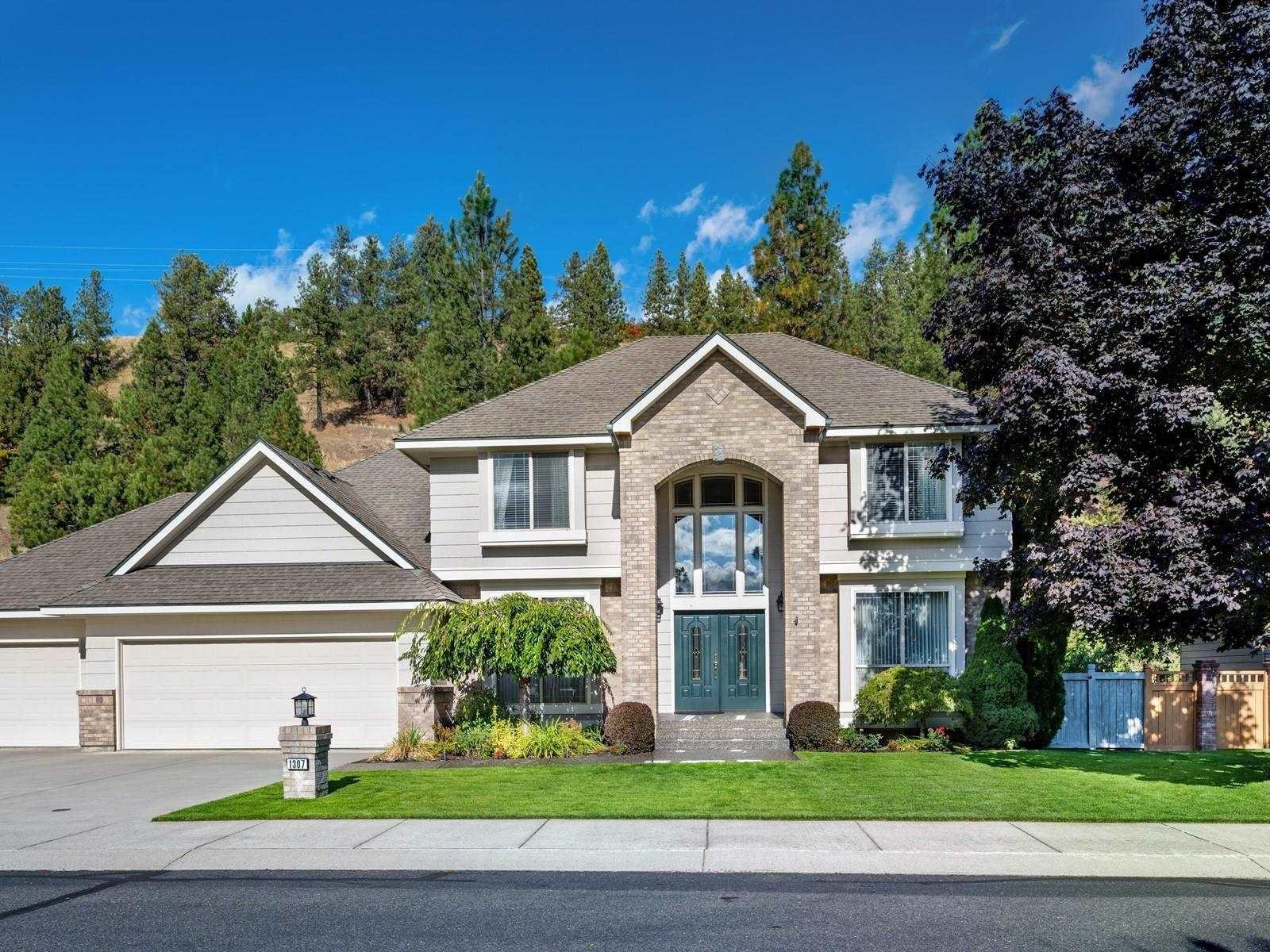 1307 E Blackwood Ln, Spokane, WA 99223-6399 - #: 202116792