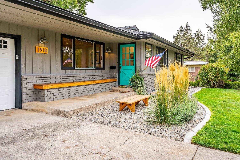 1910 E 38th Ave, Spokane, WA 99203 - #: 202122802