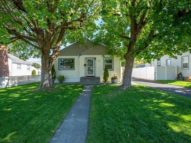 4928 N Hawthorne St, Spokane, WA 99205 - #: 202122820