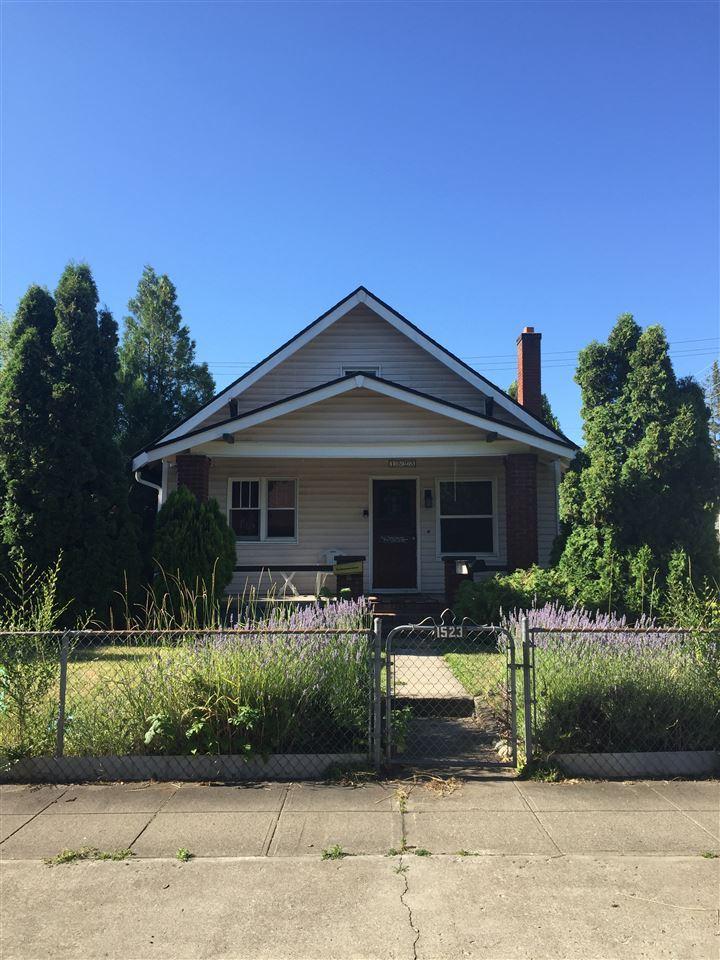 1523 W Chelan Ave, Spokane, WA 99205-3522 - #: 202018884