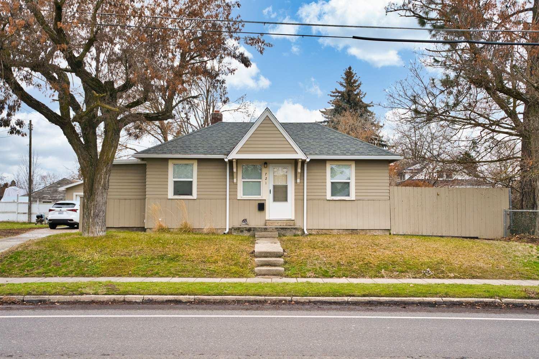 721 E 37th Ave, Spokane, WA 99203 - #: 202025912
