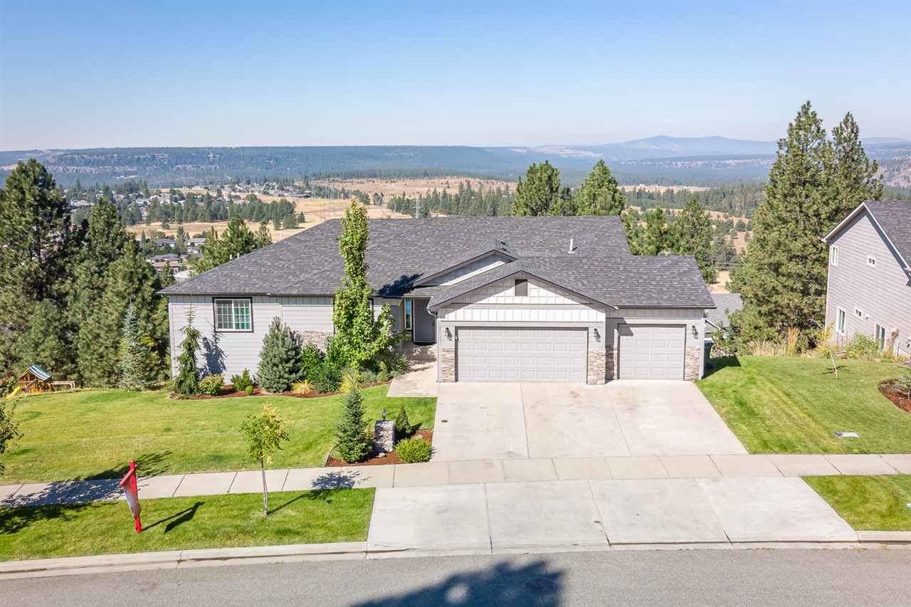 10717 N Skyline Dr, Spokane, WA 99208 - #: 202020974