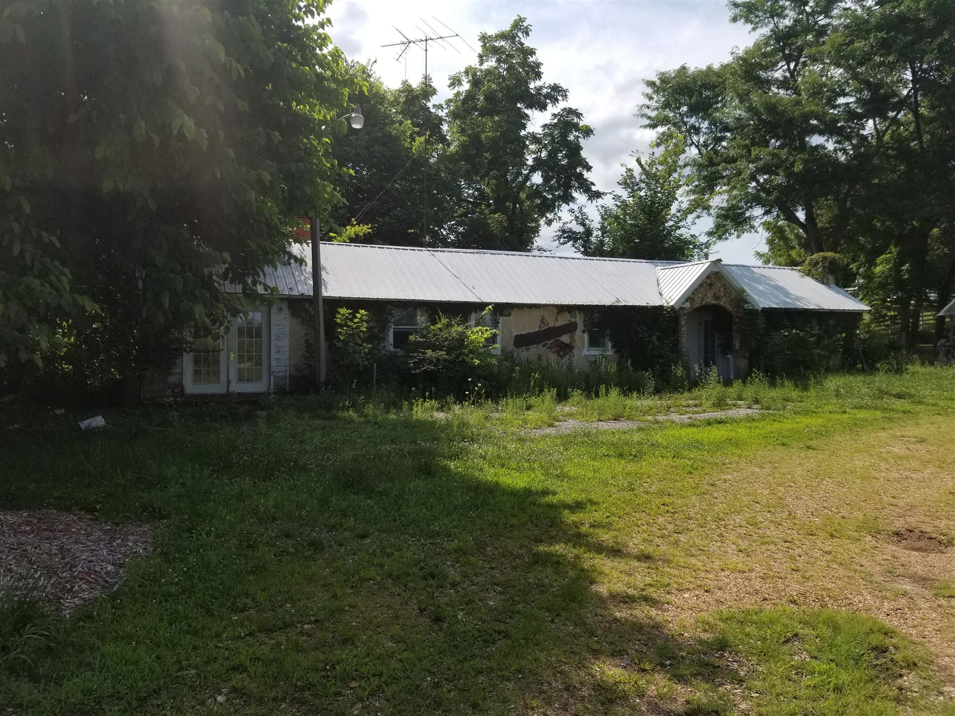 Photo of 1303 Highway 63, Cabool, MO 65689 (MLS # 60197089)