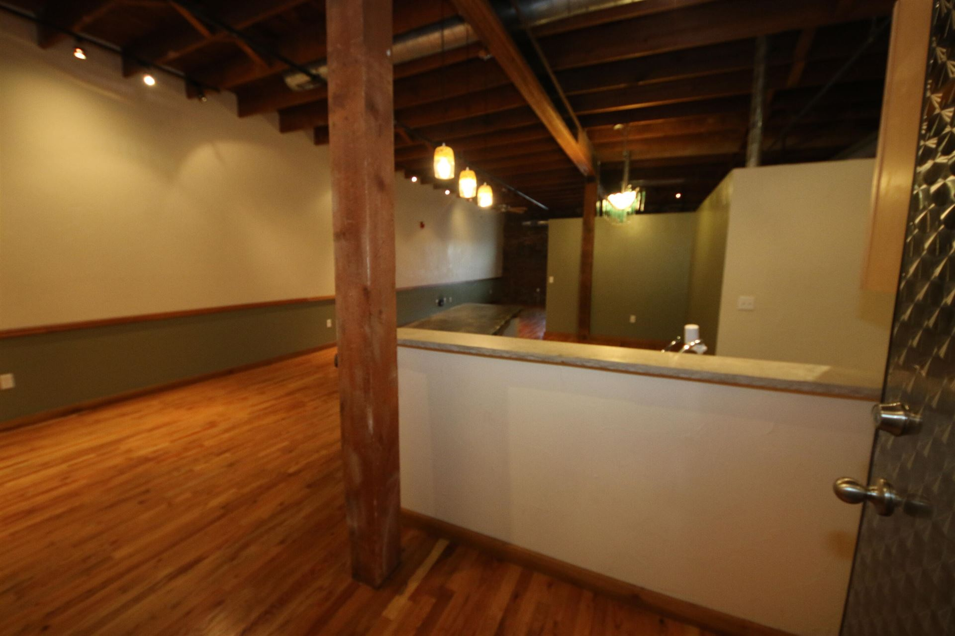 Photo of 509 West Olive #205, Springfield, MO 65806 (MLS # 60192278)