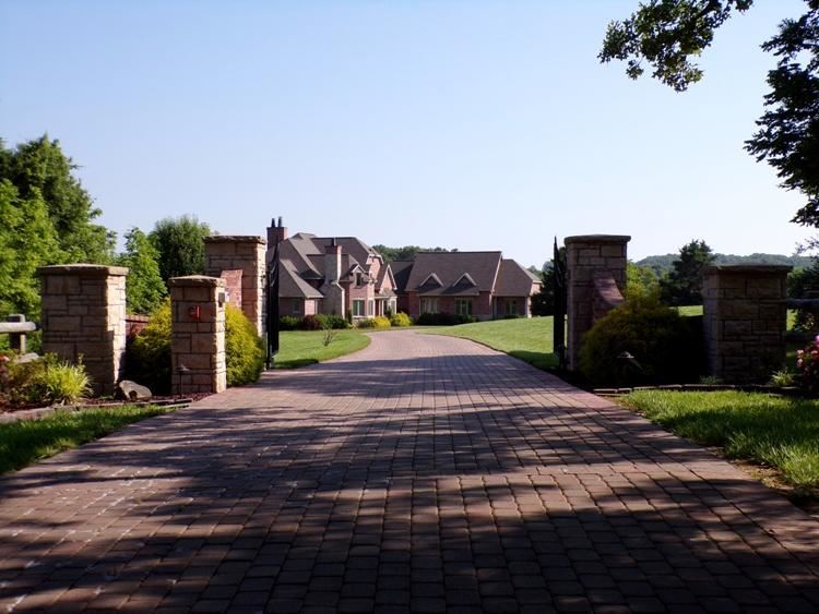 Photo of 3365r40 County Road 3600, Willow Springs, MO 65793 (MLS # 60192387)