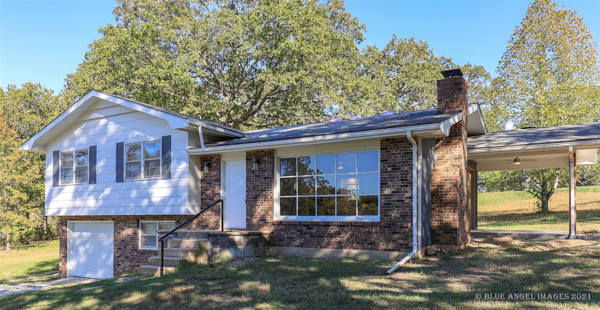 Photo of 8586 County Road 6370, West Plains, MO 65775 (MLS # 60203716)