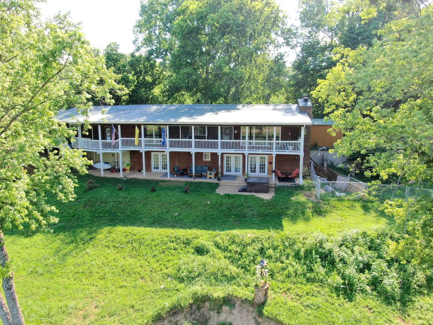 Photo of 130 Riverview Drive, Norfork, AR 72658 (MLS # 60192732)