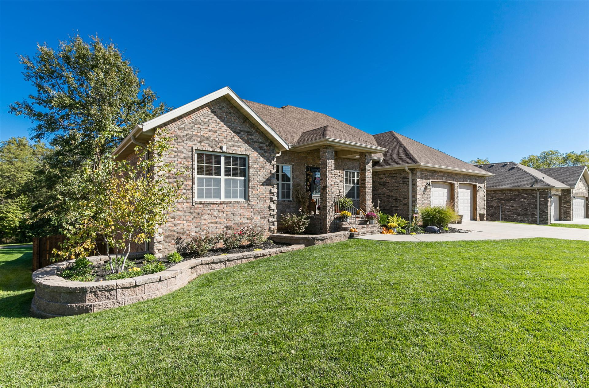 Photo of 4649 West Silo Hills Drive, Springfield, MO 65802 (MLS # 60203738)