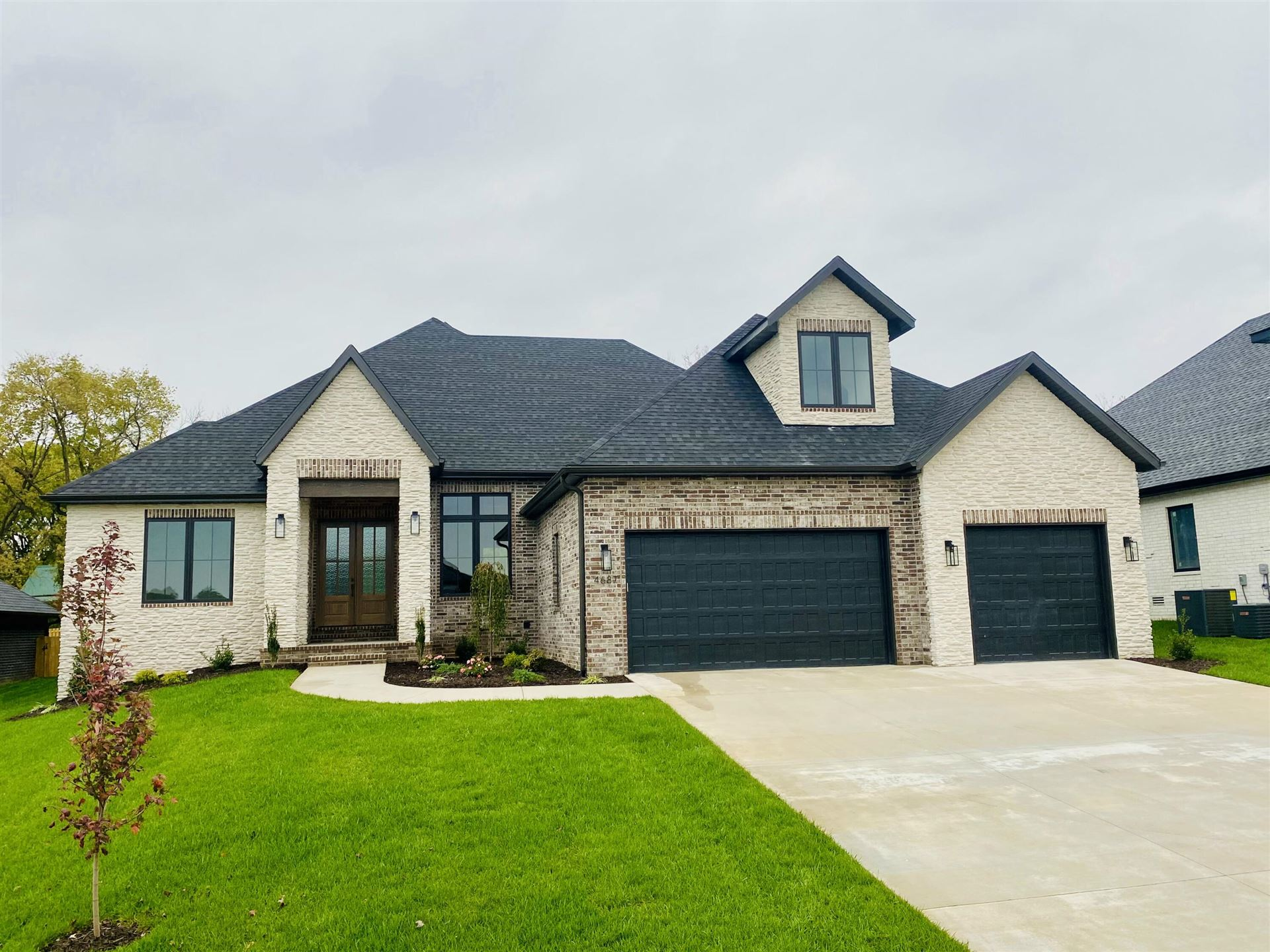 Photo of 4687 East Forest Trails Drive, Springfield, MO 65809 (MLS # 60203742)