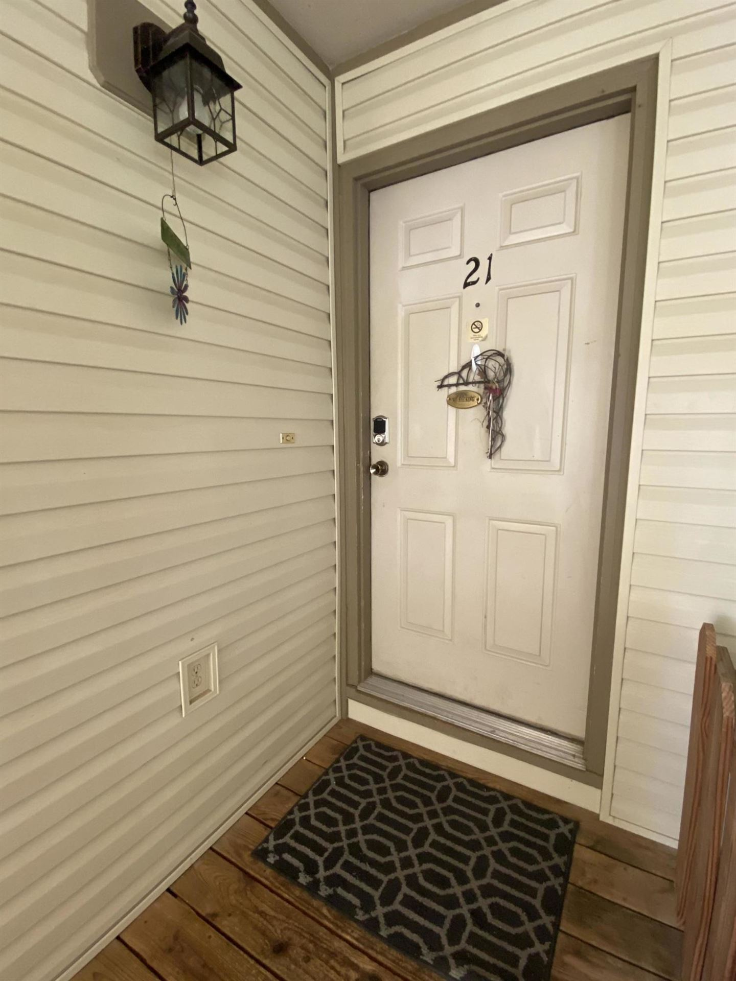 Photo of 187 Clubhouse Dr #21, Branson, MO 65616 (MLS # 60192762)