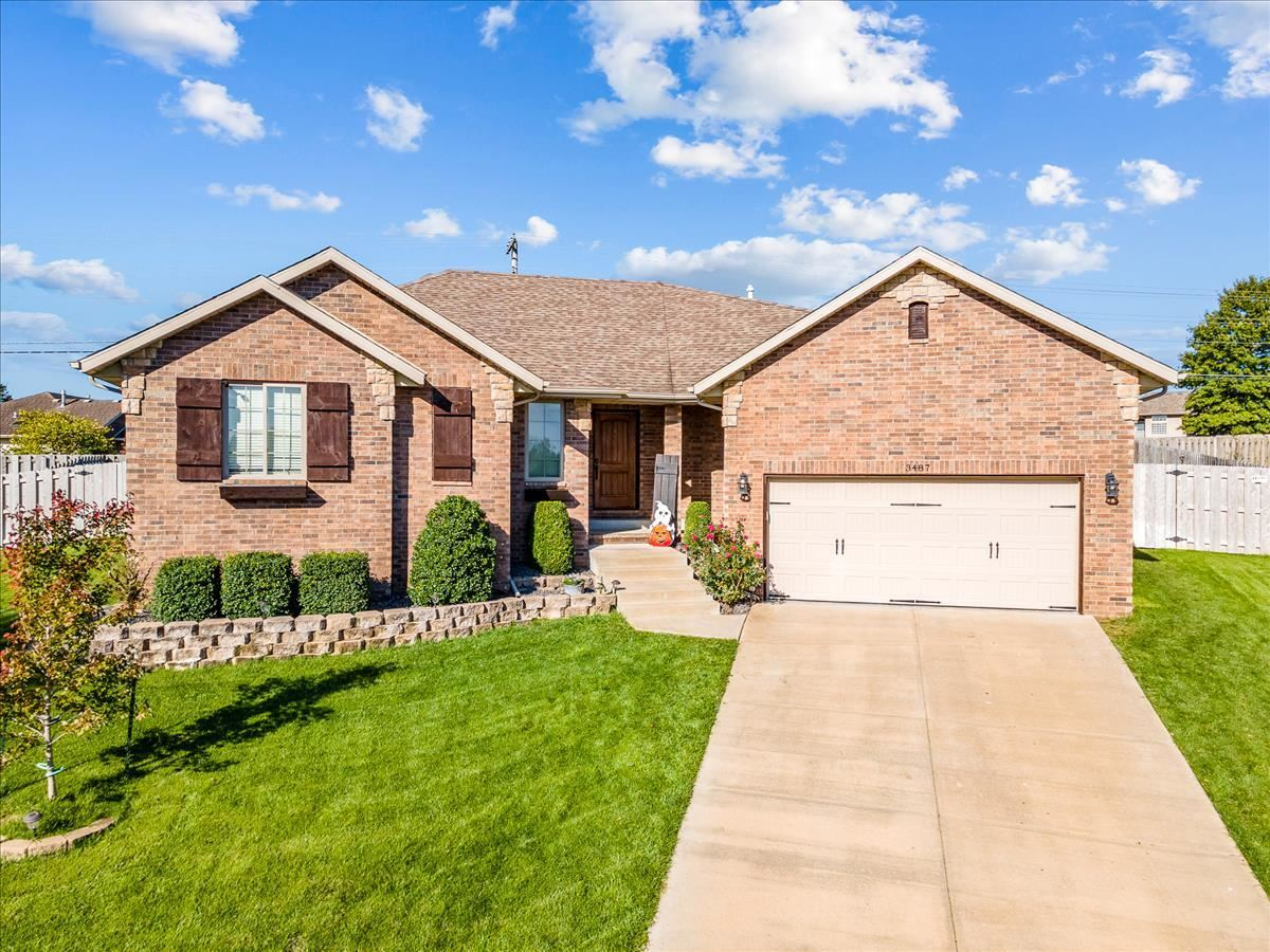 Photo of 3487 West Darby Street, Springfield, MO 65810 (MLS # 60203793)