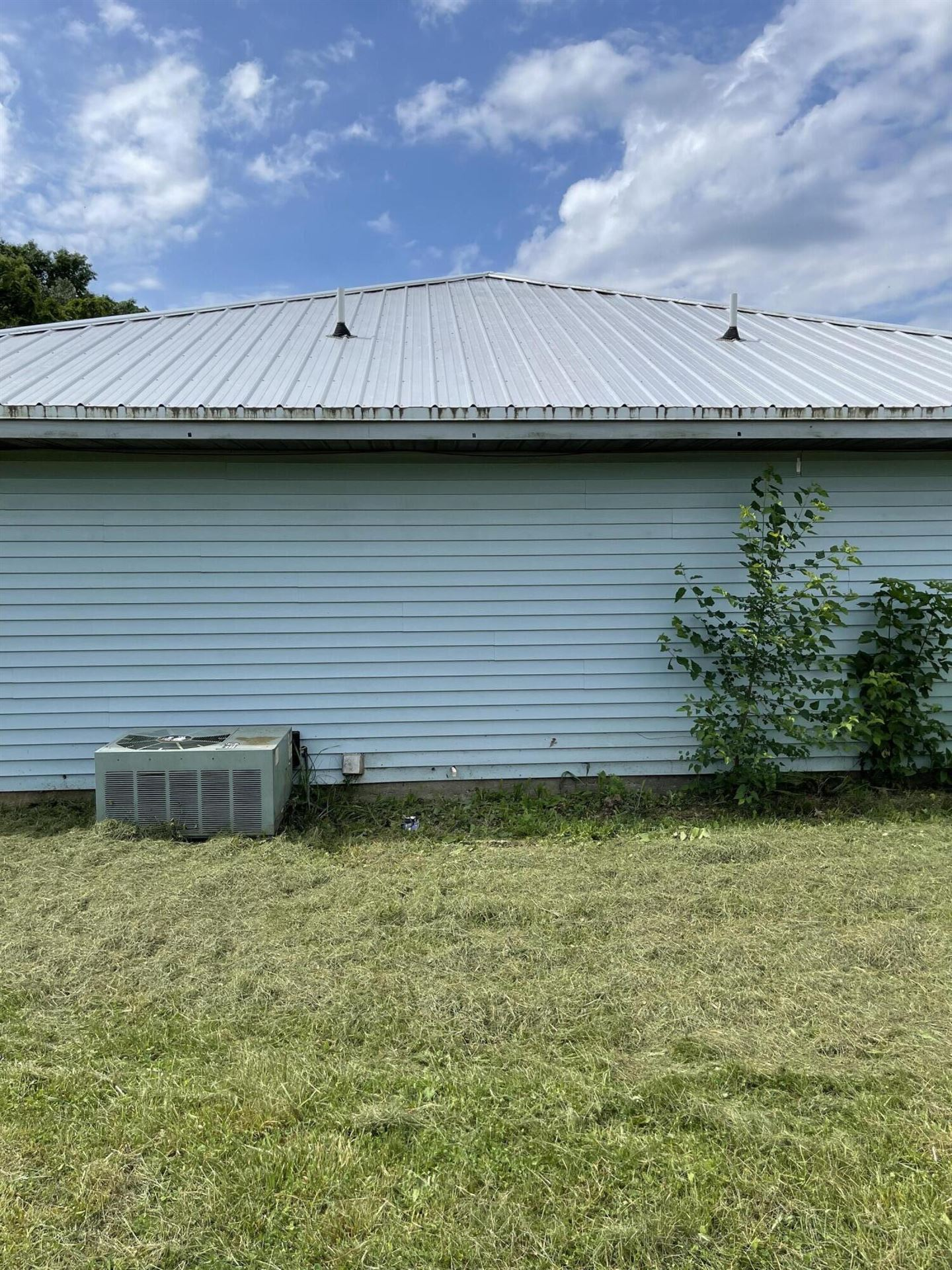 Photo of 1107 Presley Drive, Cassville, MO 65625 (MLS # 60193839)