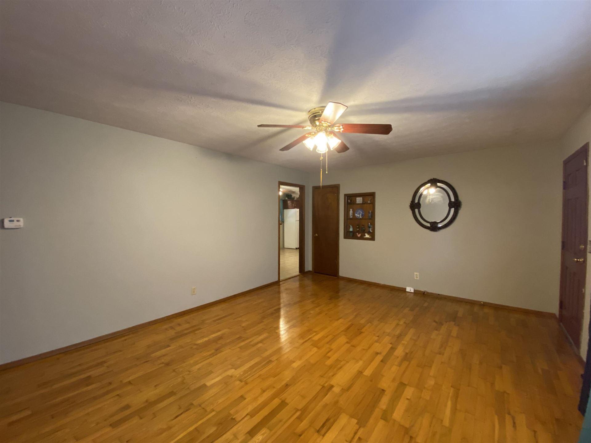 Photo of 2443 South Clay Avenue, Springfield, MO 65807 (MLS # 60201894)