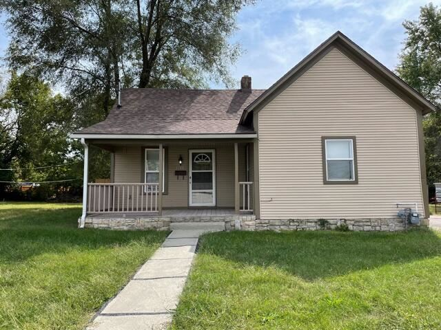 Photo of 1608 West Brower Street, Springfield, MO 65802 (MLS # 60201902)