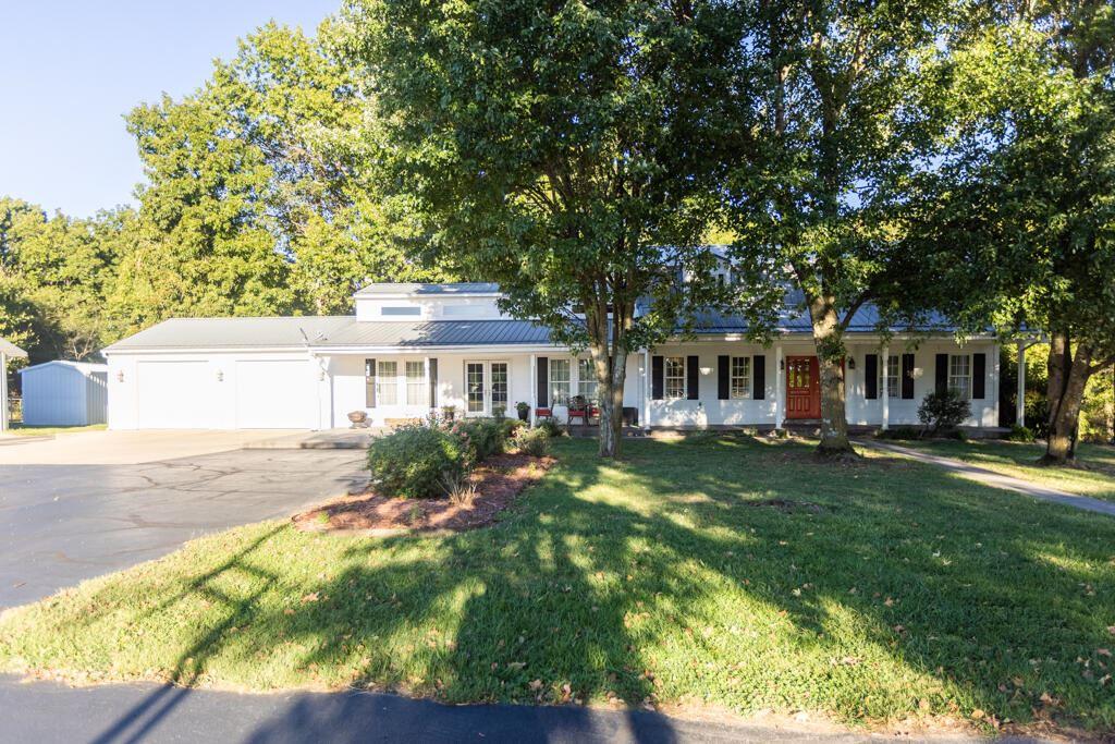 Photo of 19576 Farm Road 1110, Cassville, MO 65625 (MLS # 60201920)