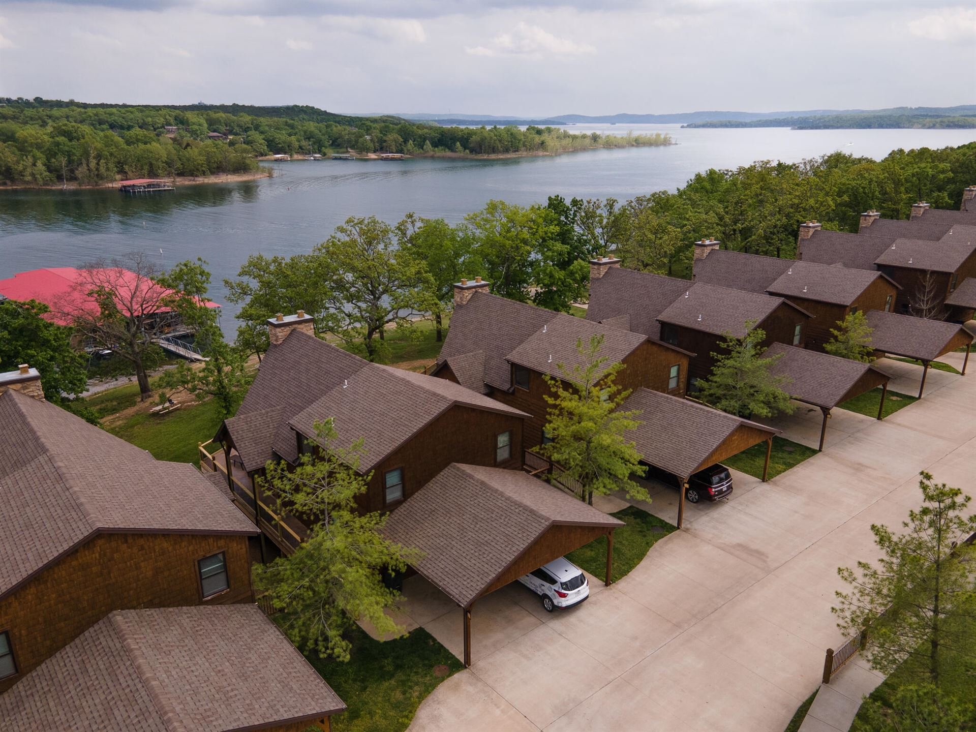 Photo of 1318 Stormy Point Road #2, Branson, MO 65616 (MLS # 60201971)