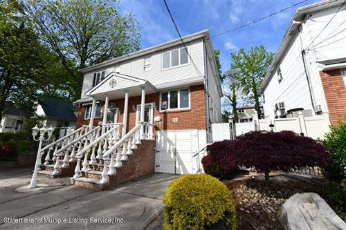 Photo of 199 Bay Terrace Terrace, Staten Island, NY 10306 (MLS # 1137000)
