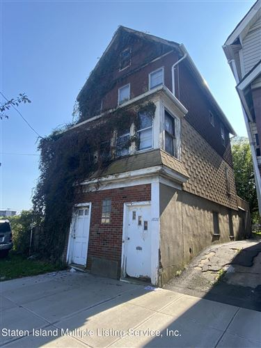 Photo of 1828 Forest Avenue, Staten Island, NY 10303 (MLS # 1150002)