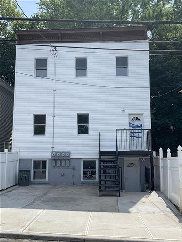Photo of 88 Taft Avenue, Staten Island, NY 10301 (MLS # 1134003)