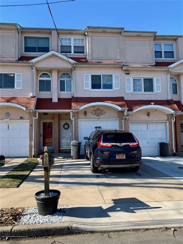 Photo of 480 Gower Street, Staten Island, NY 10314 (MLS # 1135004)