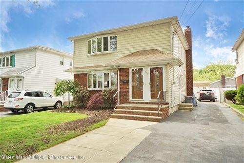 Photo of 436 Tysens Lane, Staten Island, NY 10306 (MLS # 1146004)
